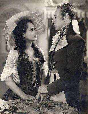 Merle Oberon and Leslie Howard