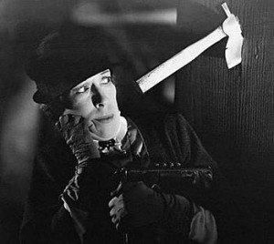 Edna May Oliver as Hildegarde Withers