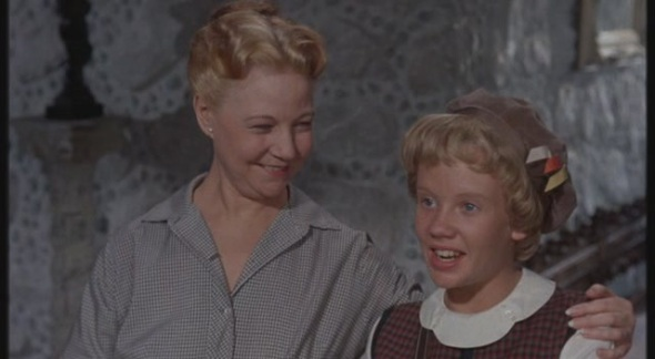 Una Merkel and Haley Mills in Parent Trap